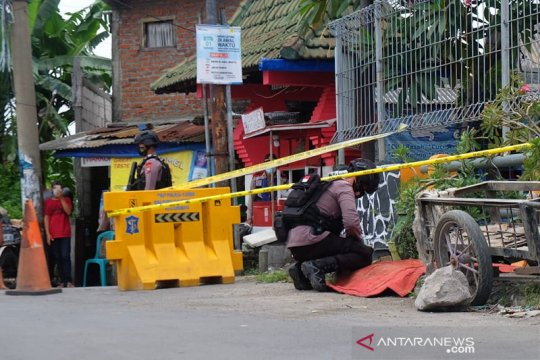Polisi amankan temuan granat di Kali Pakis Surabaya