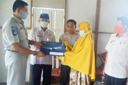 Jasa Raharja serahkan santunan pada 15 korban kecelakaan Sriwijaya