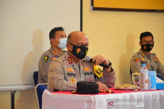 Tiap polisi pemegang senjata api di Polda Maluku harus selalu berlatih