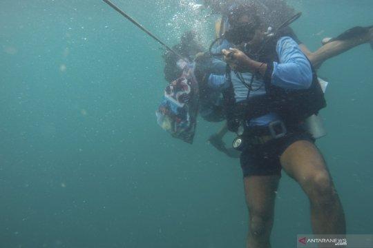 Pencarian korban Sriwijaya Air terkendala jarak pandang