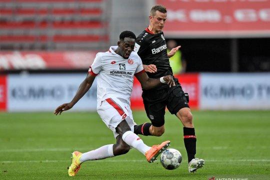 Crystal Palace pinjam Jean-Philippe Mateta dari Mainz
