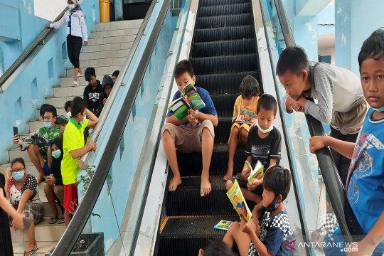 Terminal pun jadi tempat mengungsi korban banjir di Banjarmasin
