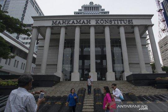 Cagub Sumbar Mulyadi persoalkan penetapan tersangka ke MK