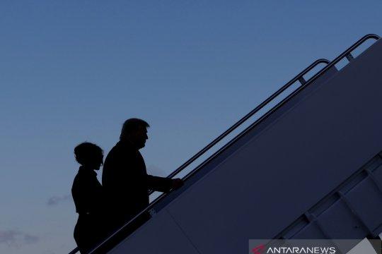 Pimpinan mayoritas Senat AS tinjau penundaan sidang pemakzulan Trump