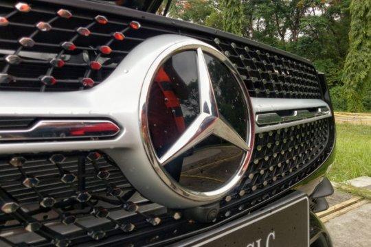 Menantang Tesla, Mercedes luncurkan SUV kompak listrik