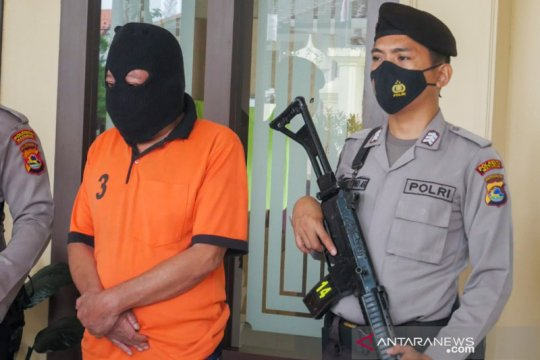 Mantan anggota DPRD NTB sangkal berbuat asusila terhadap anak kandung