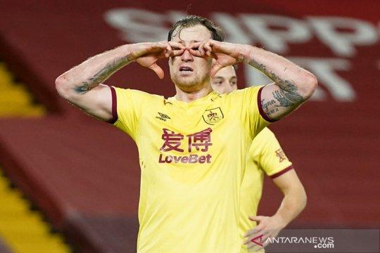 Burnley runtuhkan keangkeran Anfield kala paceklik Liverpool berlanjut