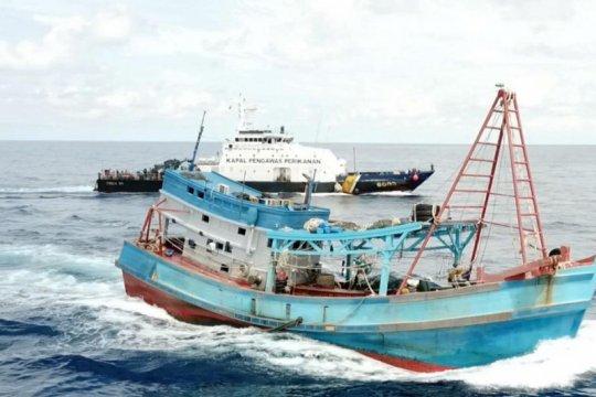 Trenggono ajak pemangku kepentingan bersatu lawan pencurian ikan