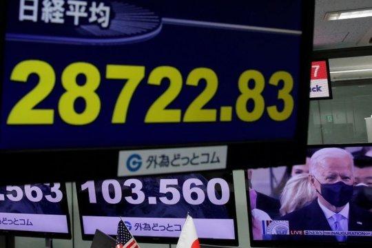 Pasar Asia dibuka beragam setelah Wall Street mencapai puncaknya