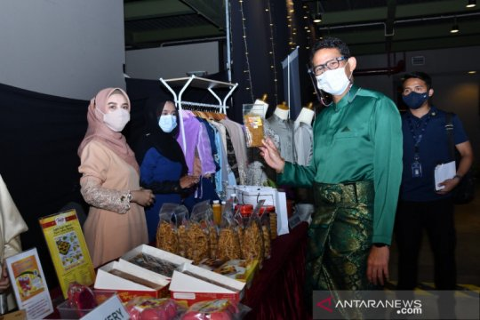 Sandiaga minta pelaku UMKM Batam berkolaborasi bangkit dari pandemi