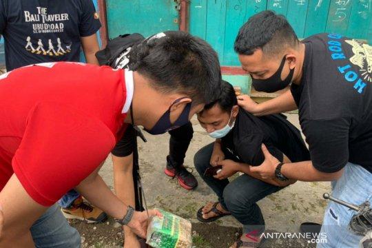 Polres Jakbar ringkus kurir narkoba yang manfaatkan PPKM DKI