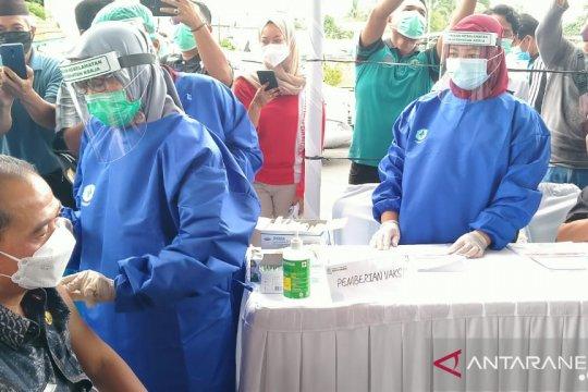 Anggota DPR: Vaksinasi harus disinergikan dengan alih teknologi