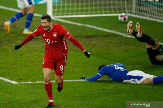 Bayern unggul tujuh poin seelah lucuti Schalke empat gol tanpa balas