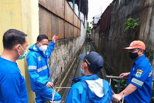 Camat dan lurah Jakarta Selatan diminta monitor titik genangan air