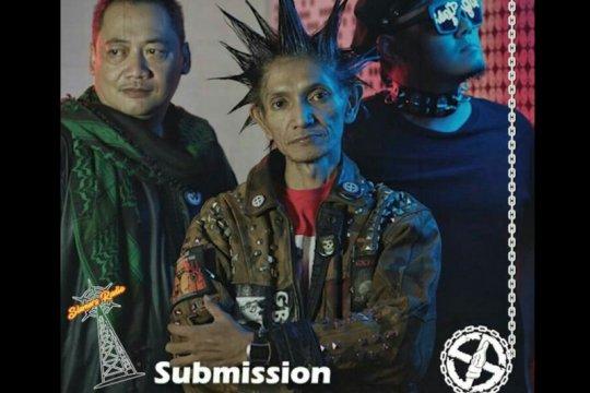 """Lama hiatus, Submission kembali dengan lagu """"Young Offender"""""""