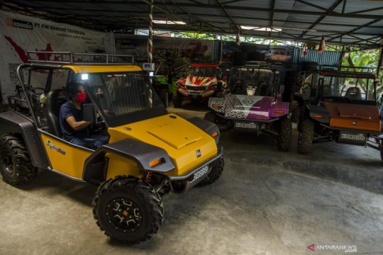 Proses produksi kendaraan Fin Komodo