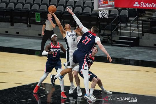 NBA : Dejounte Murray cetak triple-double bawa Spurs kalahkan Wizards