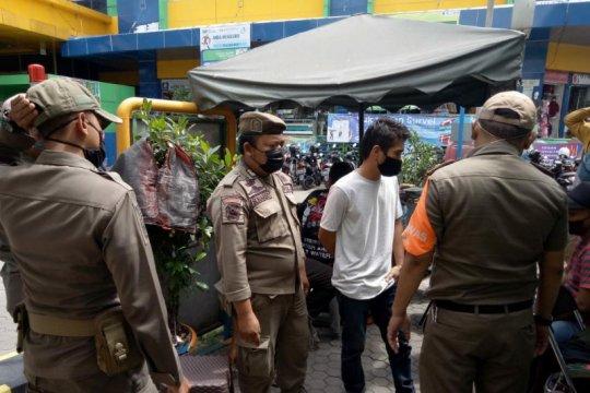 44 warga terjaring operasi tertib masker di Jaksel