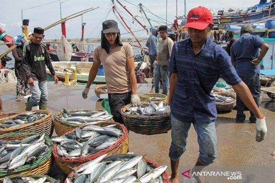 Anggota DPR: Alokasikan pos infrastruktur pelabuhan perikanan ke KKP
