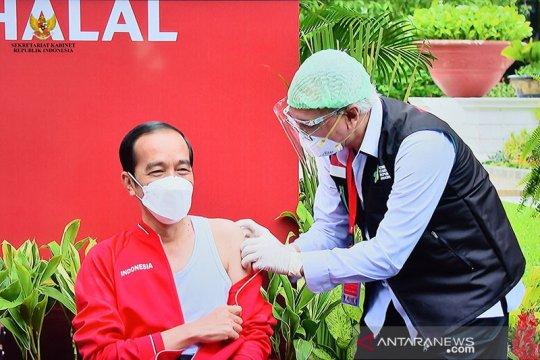 Presiden Jokowi dapatkan vaksinasi COVID-19 kedua