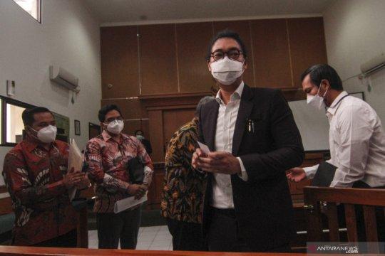 Sidang gugatan terhadap Raffi Ahmad ditunda