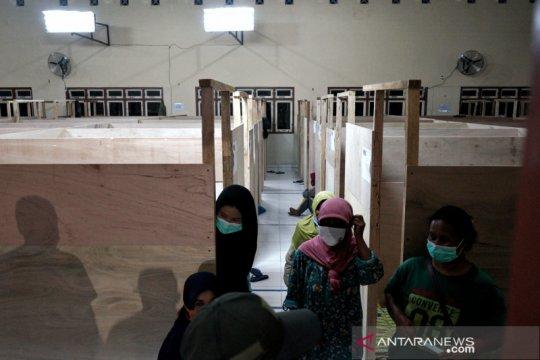 BPBD Sleman evakuasi warga rentan lereng Merapi ke barak pengungsian