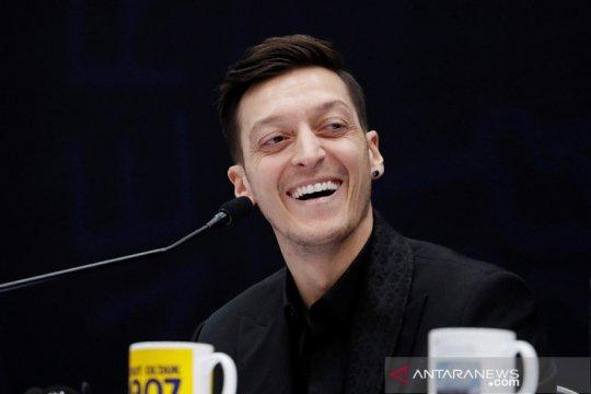 Mesut Ozil akuisisi klub Liga Meksiko