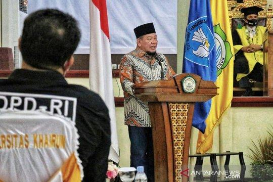 Ketua DPD RI sampaikan pentingnya pembangunan SDM di Unkhair Ternate