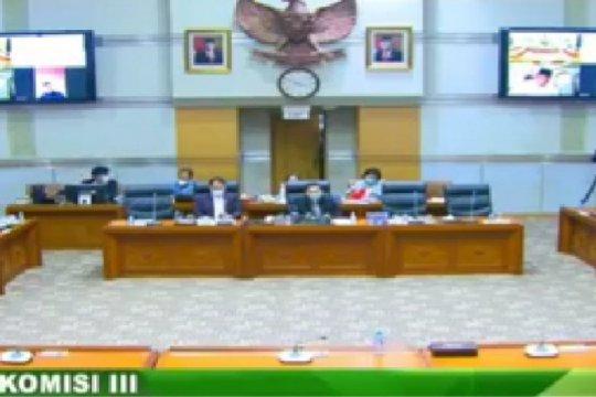 Komisi III DPR setujui tiga hakim ad hoc MA