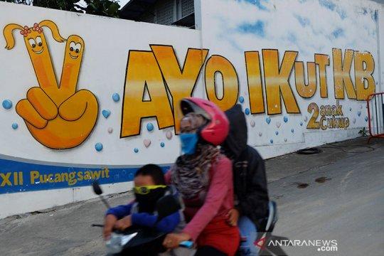 "Presiden Jokowi minta penyuluh BKKBN gunakan komunikasi ""kekinian"""