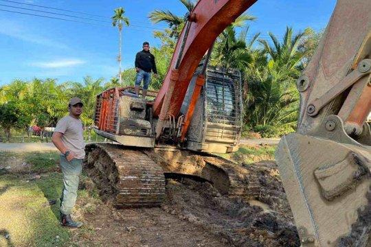Polda Aceh menangkap pelaku tambang emas ilegal di Pidie