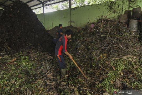 Pengolahan sampah organik menjadi pupuk