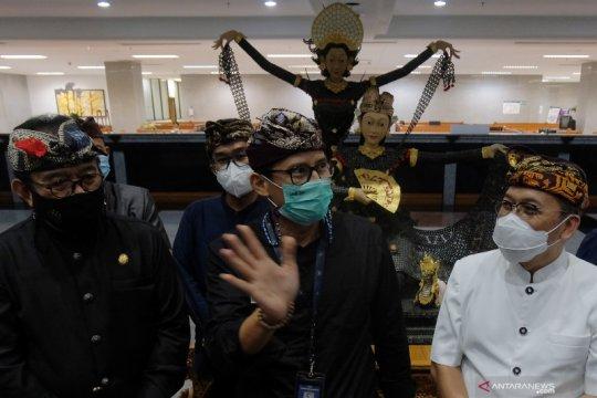Sandiaga Uno berkantor sementara di Pulau Bali