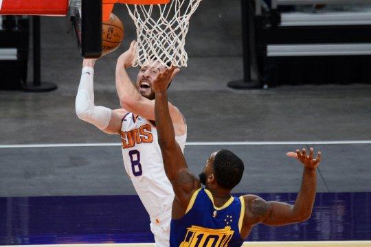 Suns akhiri tiga kekalahan beturut-turut dengan tekuk Warriors