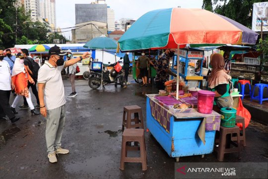 Pemkot Jakpus tata pedagang kaki lima yang menjamur di Kebon Kacang