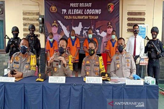 Polisi kejar pemilik lima truk kayu tanpa dokumen di Barito Utara
