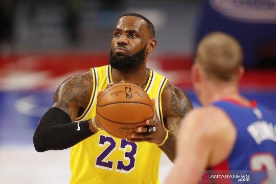 LeBron James resmi ganti nomor jersey menjadi 6