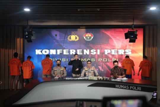 Bareskrim sita 8,2 kg sabu dan 21 ribu butir ekstasi asal Malaysia