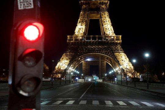 Taksi jadi tiket menuju kebebasan bagi sebagian warga Paris