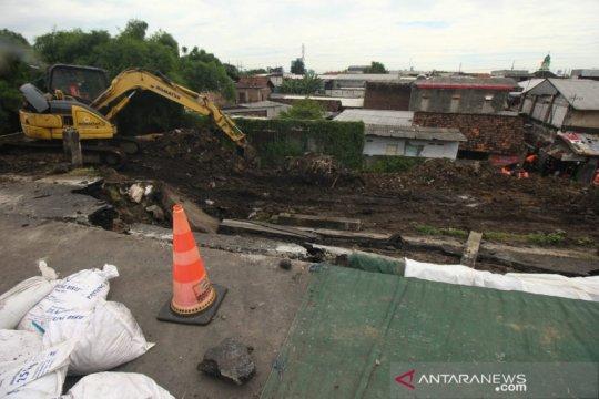 Jasa Marga targetkan Tol Surabaya-Gempol normal satu pekan ke depan