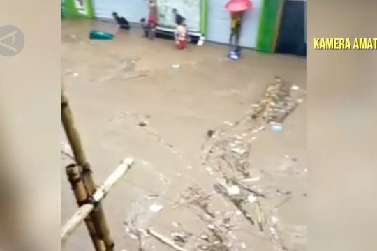 Curah hujan tinggi, Jember siaga banjir bandang