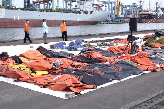 Hari ketujuh evakuasi, tim SAR temukan 13 kantong jenazah korban