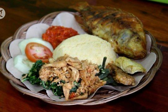 Nikmatnya kuliner nasi jagung khas Purworejo