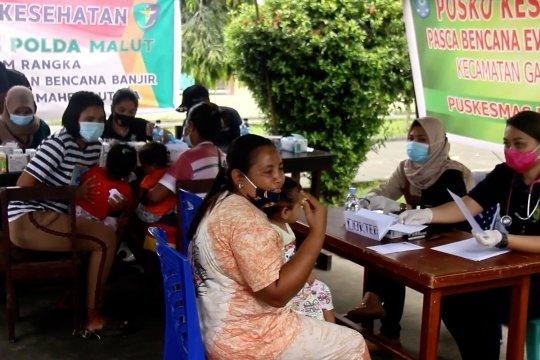 Polda Malut periksa kesehatan korban banjir Halmahera Utara