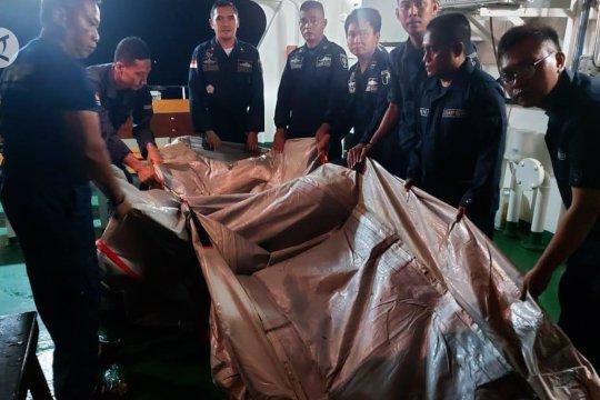 Sriwijaya Air hilang kontak, kapal patroli temukan benda diduga tangga darurat