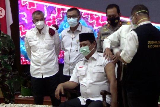 Tingkatkan imunitas tubuh,  Gubernur Kalsel ajak warga divaksinasi