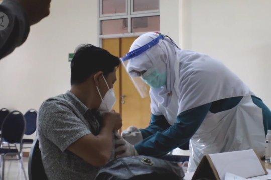 Juru bicara vaksinasi: Risiko terkena COVID-19 hanya 30% setelah divaksin