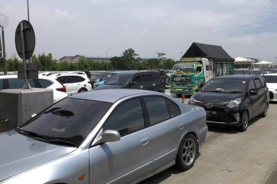 Volume kendaraan Tol Cikampek menuju Jakarta meningkat