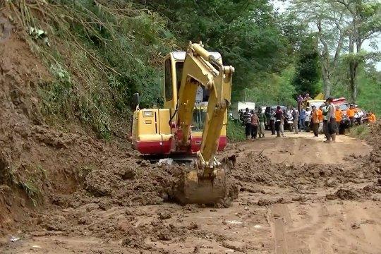 Tanah longsor dominasi bencana alam di Temanggung