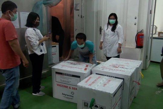 Vaksin COVID-19 untuk nakes tersedia di 3 daerah prioritas di Sumut